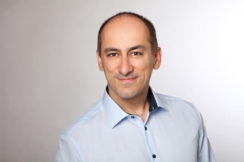 Anästhesist Arash Ansari Gilani